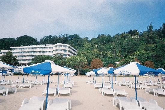 Hotel Arabella Beach: hotel from beach