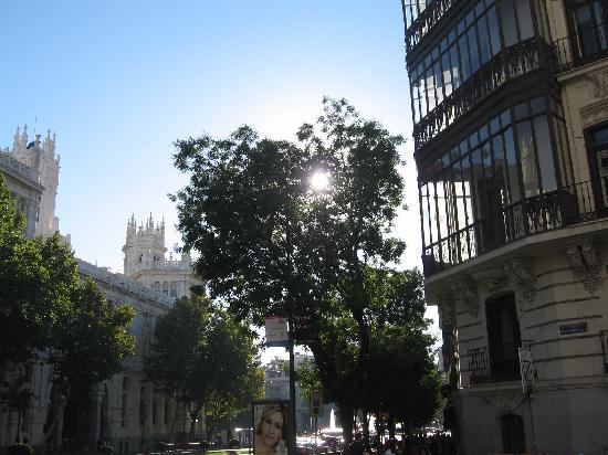 มาดริด, สเปน: alcala street to cibeles