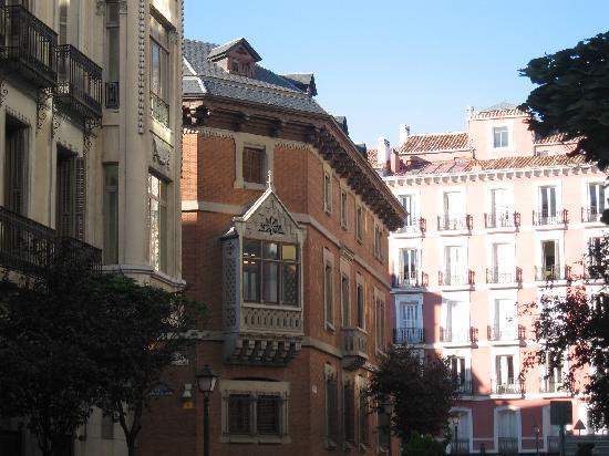 มาดริด, สเปน: many spanish artist were living in that house