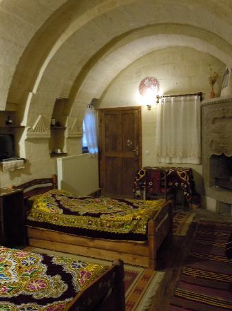 Kismet Cave House: 初日に泊まった部屋です(2日目は別の部屋でした)