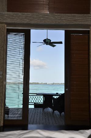 แชงกรีลาส์ วิลลิงกีลี รีสอร์ท แอนด์ สปา: View from bed