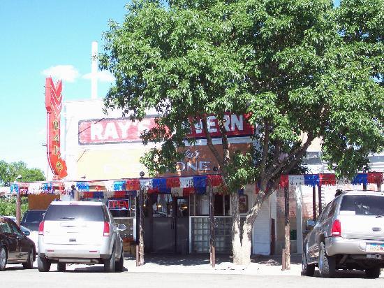 ยูทาห์: Ray's Tavern, Green River, Utah