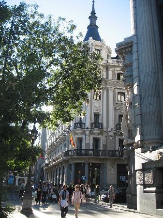 มาดริด, สเปน: beginning of gran via - house