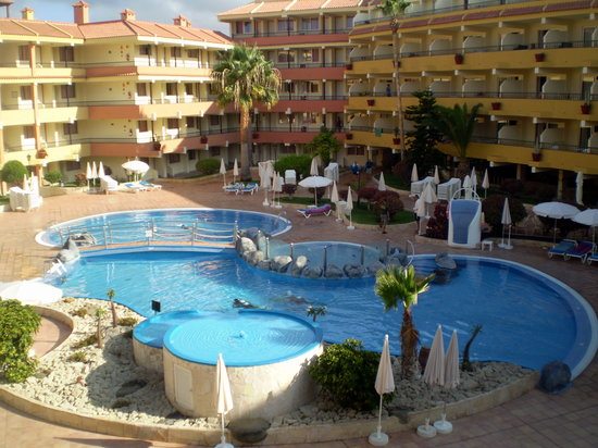 Chambre sur piscine picture of hovima jardin caleta la for Costa jardin