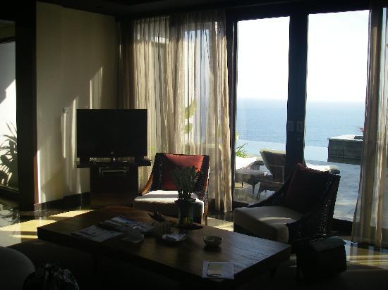 โรงแรมบันยันทรี อังกาซัน: Lounge looking out over pool