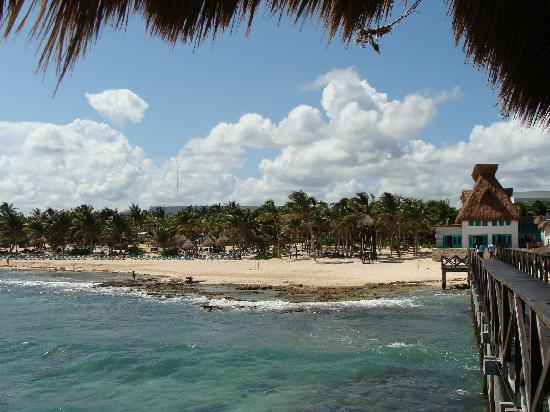 Mayan Palace at Vidanta Riviera Maya: beach from the little pier