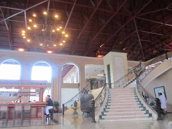 Majestic Colonial Punta Cana: hall