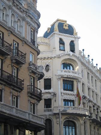 มาดริด, สเปน: gran via - house corner