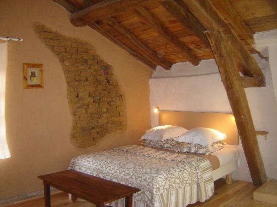 L'Auberge des Coteaux de Gascogne: Chambre Cannelle