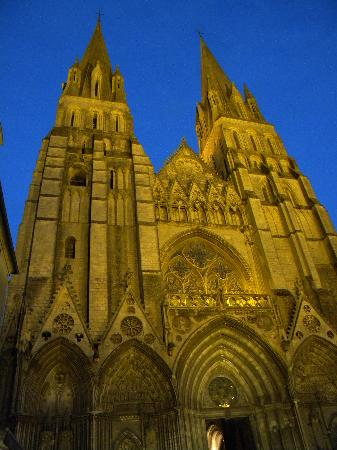 Notre Dame Cathedral: facciata