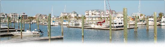 Marsh Harbour Inn: View of Harbour Village