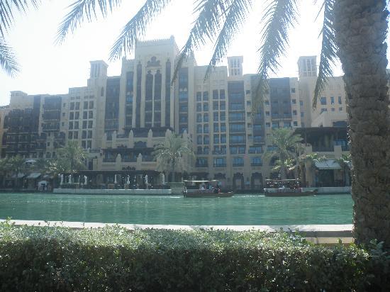 Jumeirah Beach Hotel: Madinaj hotel