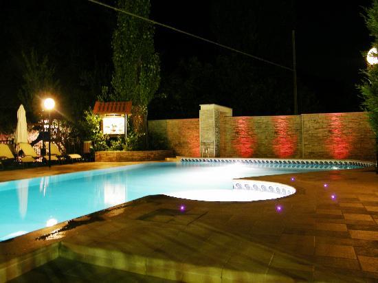 Guesia Village Hotel and Spa: Piscina Hotel