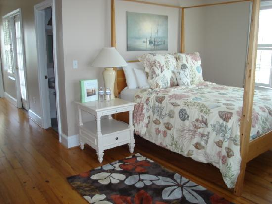 Marsh Harbour Inn: Guest Room