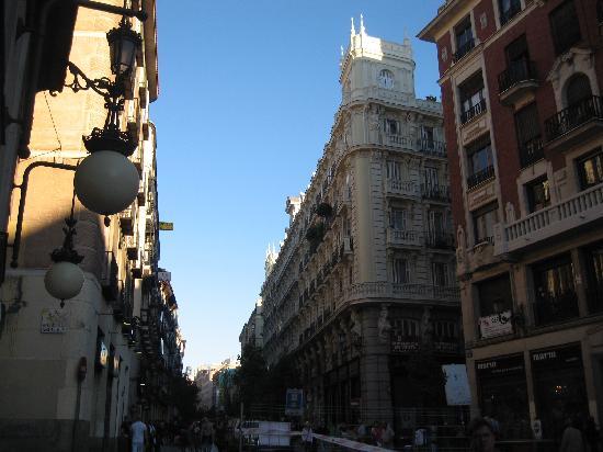 มาดริด, สเปน: arenal street
