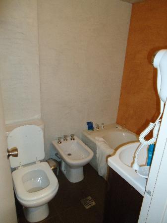 Hotel Acuario: Baño privado