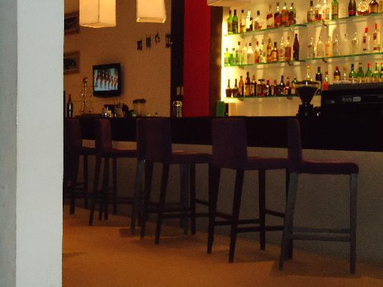 Hotel Acuario: Bar del hotel
