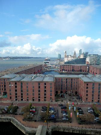 Premier Inn Liverpool City Centre: View from the Wheel of Liverpool