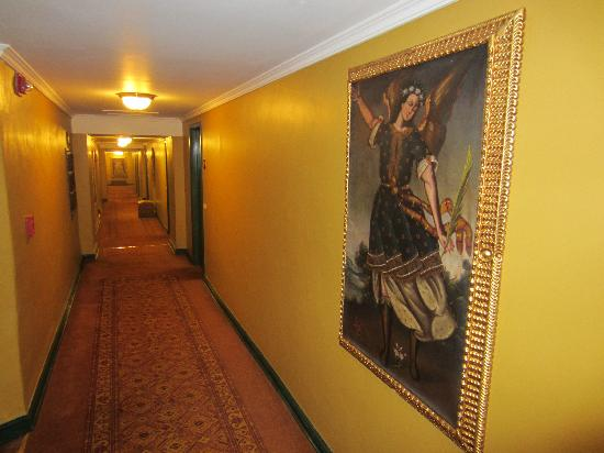 Belmond Hotel Monasterio: Interior Hallways
