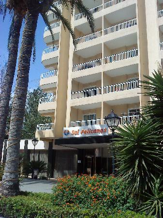 Sol Pelicanos Ocas by Melia: front of hotel