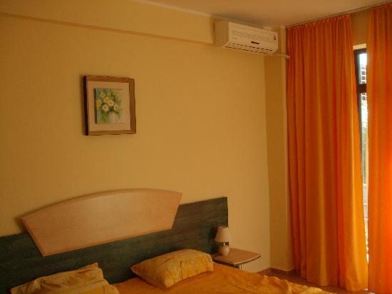 Cazare Eforie Sud - Villa Elva: room