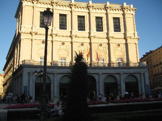 มาดริด, สเปน: the royal theatre of madrid