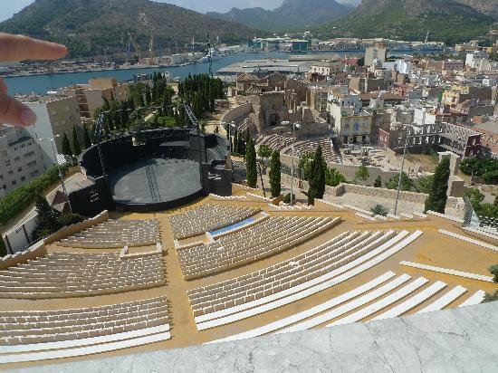 Teatro Romano: Roman Theatre