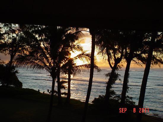 Aston Islander on the Beach: Sun rise from Aston islander