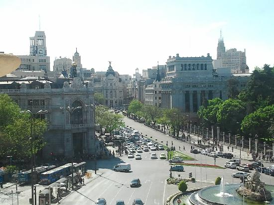 มาดริด, สเปน: a view of cibeles square from the city hall