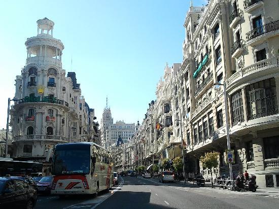 มาดริด, สเปน: the wonderful and vibrant gran via