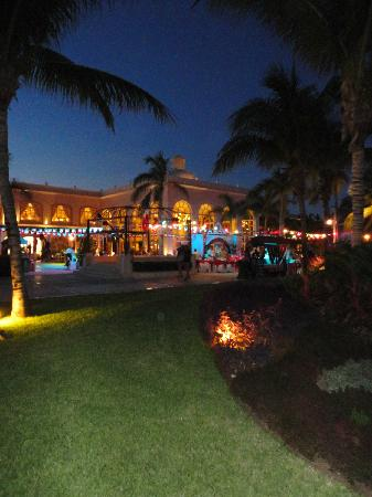 Excellence Riviera Cancun: Mexican Night