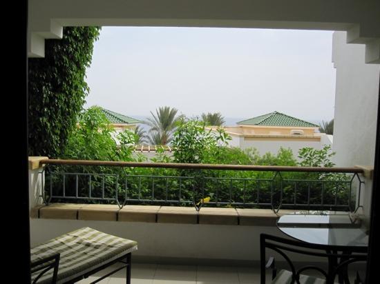 Hyatt Regency Sharm El Sheikh Resort: balcony - limited see view room