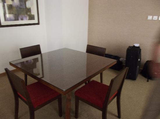 โรงแรมจูเมร่าโรทาน่า: Standardsuite