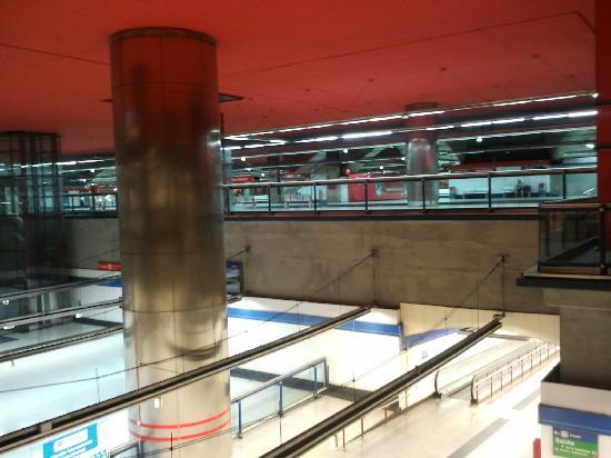 มาดริด, สเปน: nuevos ministerios station - huge - hiperinfraestructured city