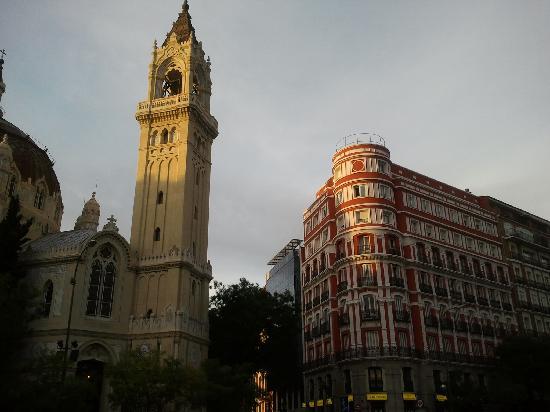 มาดริด, สเปน: san benito church - one side