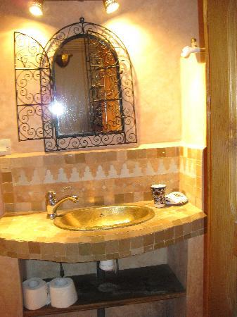 Riad Tayba: il bagno