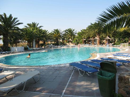 Kardamena, Griechenland: Xperience pool area - furthest from reception
