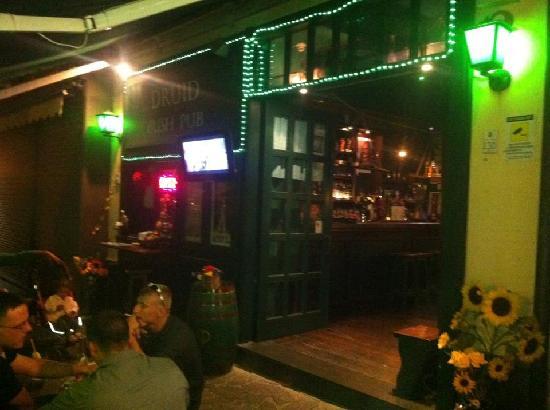 nIrish Pub: ingresso