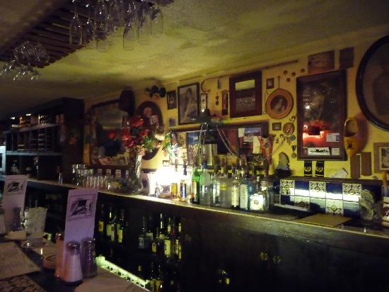 Hugo's Restaurant: The Bar...