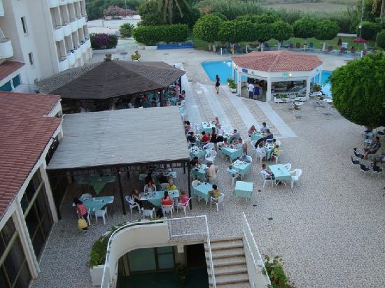 Crown Resorts Henipa: outside