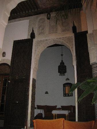 Riad Tayba: interno