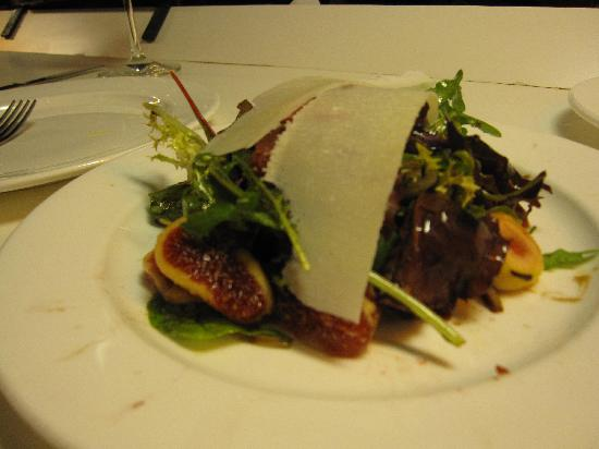 Tapeo Born: Yummy salad with figs