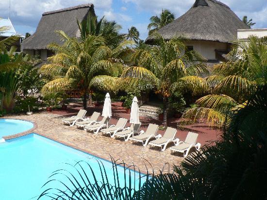 Le Palmiste Resort & Spa: piscine 1