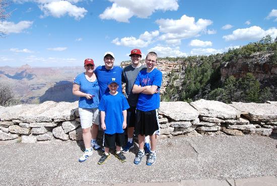 Silver Spur Tours - Day Tours: Adam Family Grand Canyon Tour