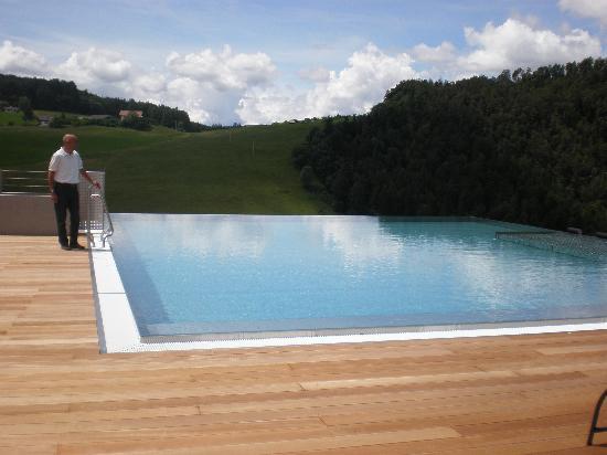 Hotel Alpenflora: Piscina esterna