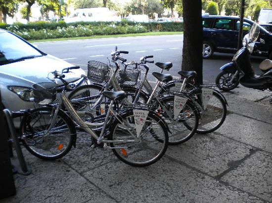 Hotel Trieste: Hotel bikes
