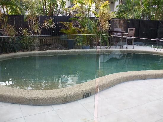 Globetrotters International: Pool