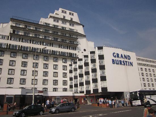 Grand Burstin Hotel: The building needs a coat of paint