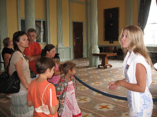 Massachusetts State House: beautiful Roman style columns