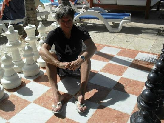Sol Palmeras: Con el gran tablero de ajedrez!!!